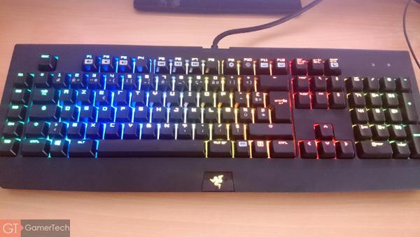 Effet vague lumineuse sur clavier