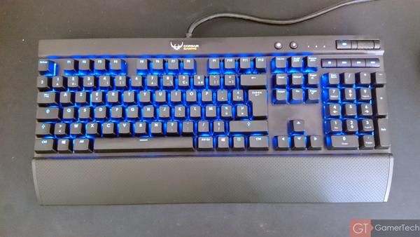 Effet de couleur alternant sur clavier gamer