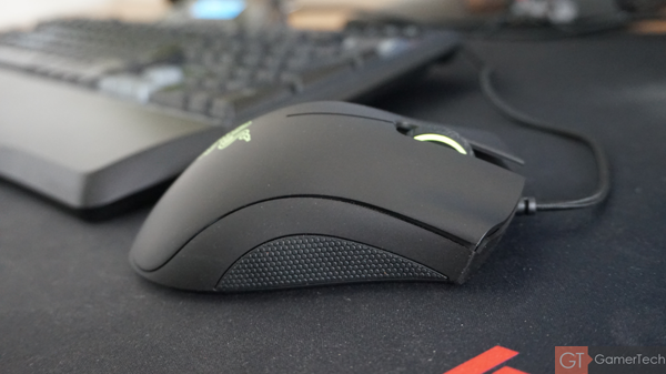 Souris Razer design simple