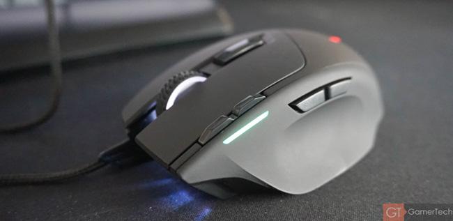 Souris gamer avec design ergonomique