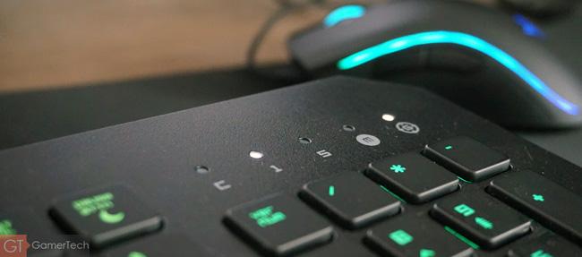 Zoom sur les LED concernant l'état du clavier