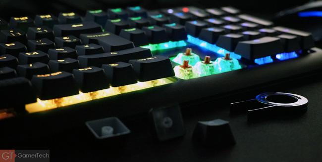 Claviert mécanique avec éclairage RGB