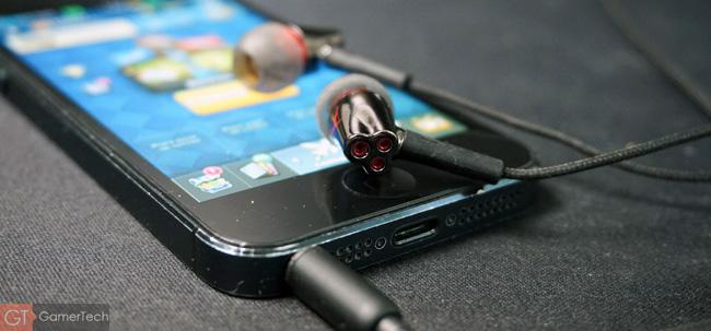 Ecouteurs intras pour jouer sur iPhone