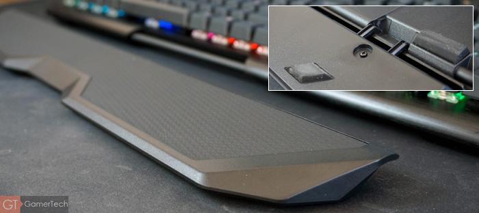 Repose poignet amovible sur clavier