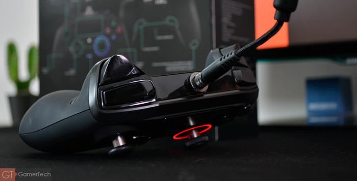Zoom sur les gâchettes de la manette PS4 Nacon Revolution