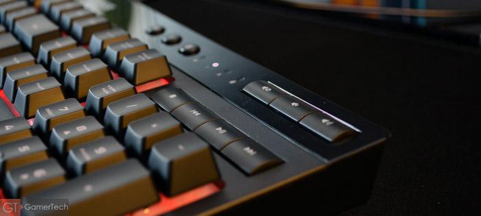 Clavier gaming avec touches médias pour gérer sa musique