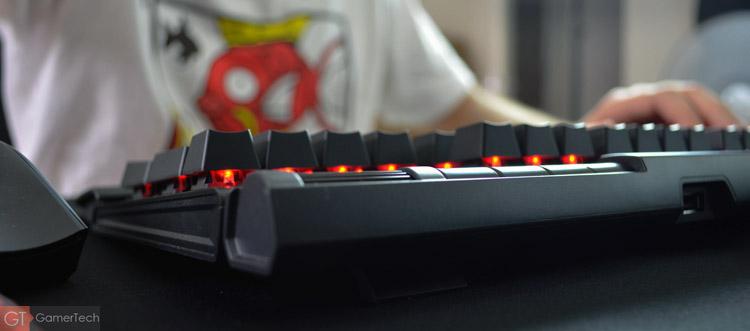 Présentation d'un clavier mécanique pour le jeu