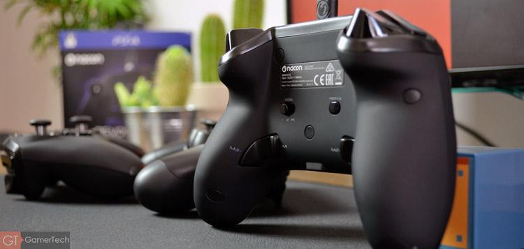 La manette PS4 intègre des palettes