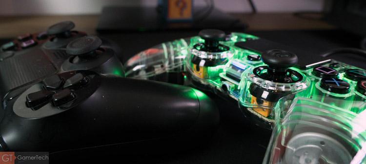 Petite manette pour PS4 et PS4 Pro