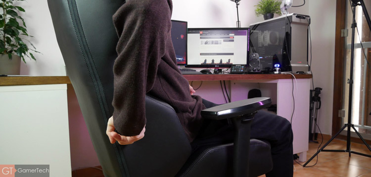 Fauteuil gaming avec support des lombaires