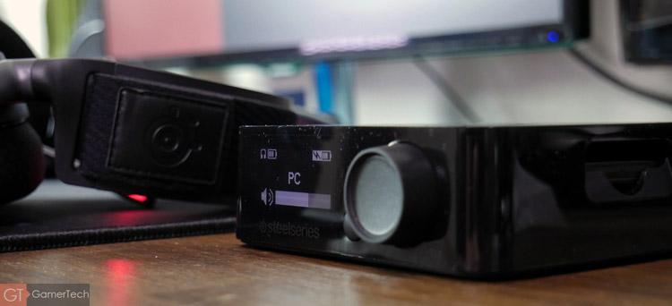 Le boitier permet de gérer les options de l'Arctis Pro Wireless