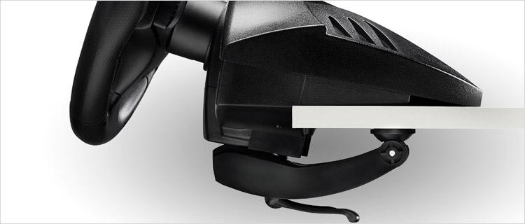 Fixation volant PS4 sur bureau