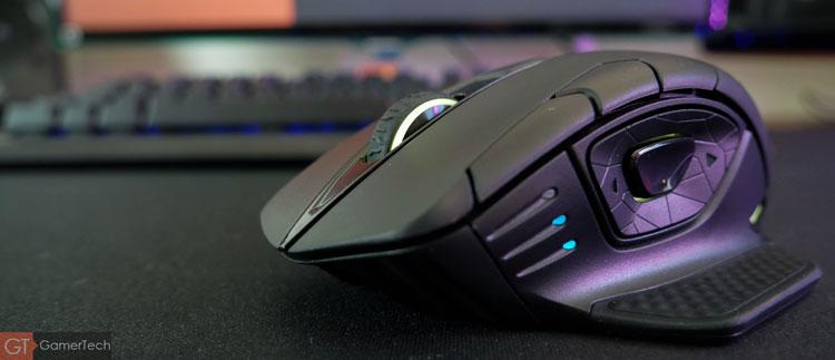 La souris dispose de plusieurs zones RGB