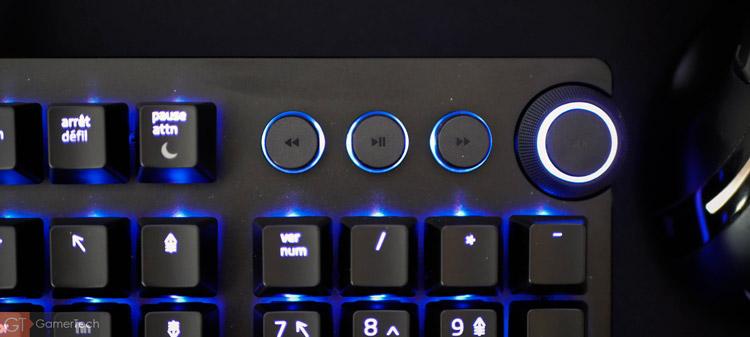 Clavier Razer avec boutons multimédia