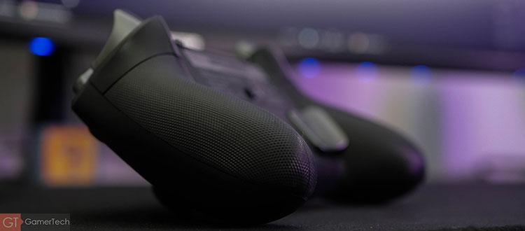 La manette PS4 Pro offre un bon grip