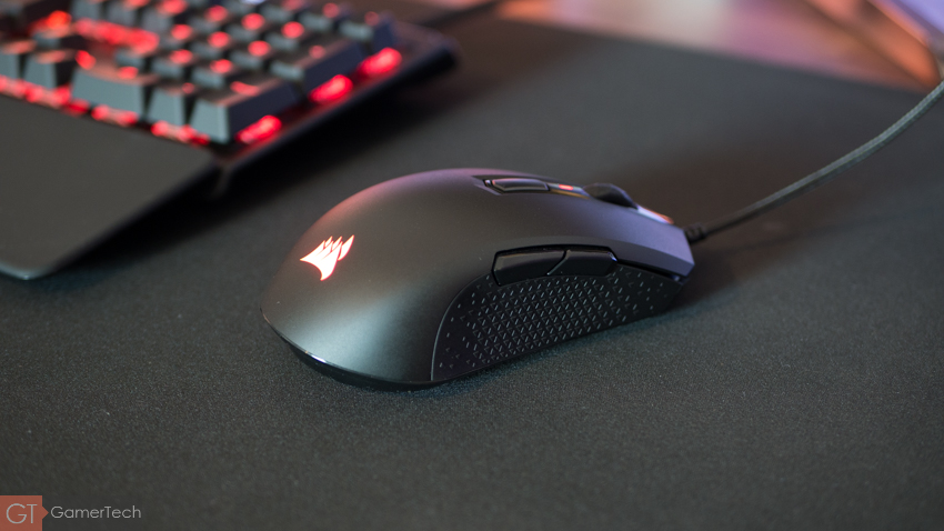 Test complet de la souris gamer Corsair M55 Pro RGB.