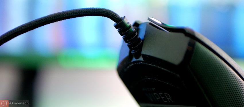 Le cable Razer SpeedFlex est bien plus souple que sur les autres modèles