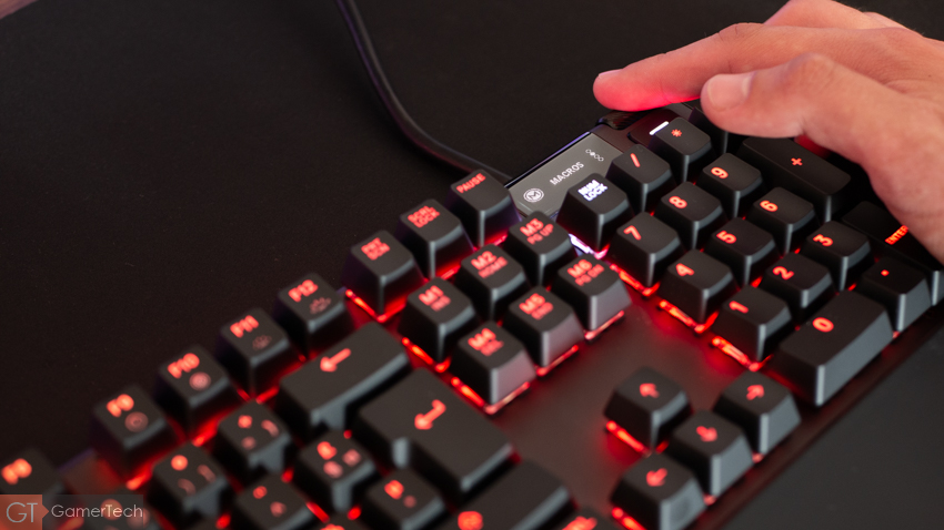 Performances du clavier SteelSeries Apex 7