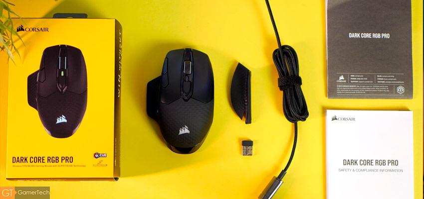 Aperçu de la boite et accessoires livrés avec la souris