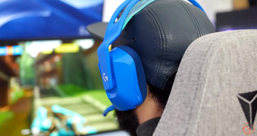 Le casque offre des performances sonores correctes