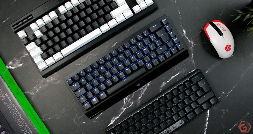Un clavier à 65% entre un clavier TKL et un clavier 60%