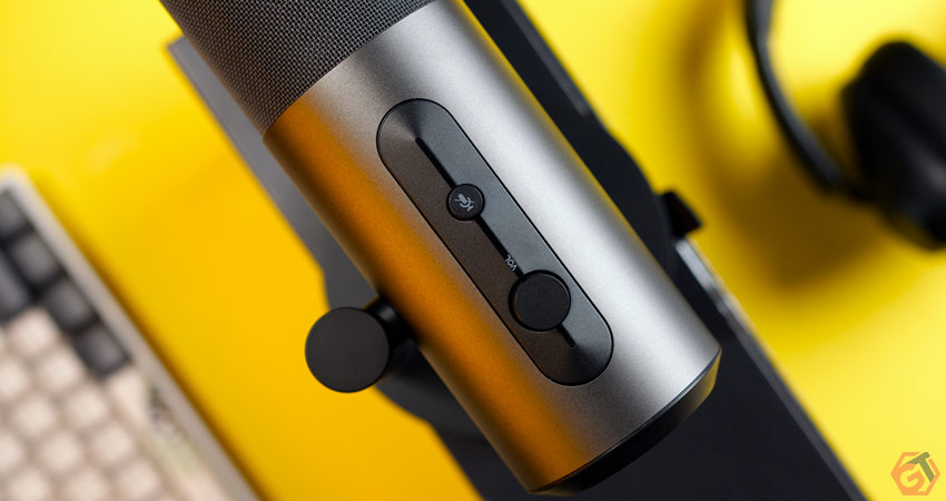 Microphone USB pour le streaming sur Twitch et YouTube